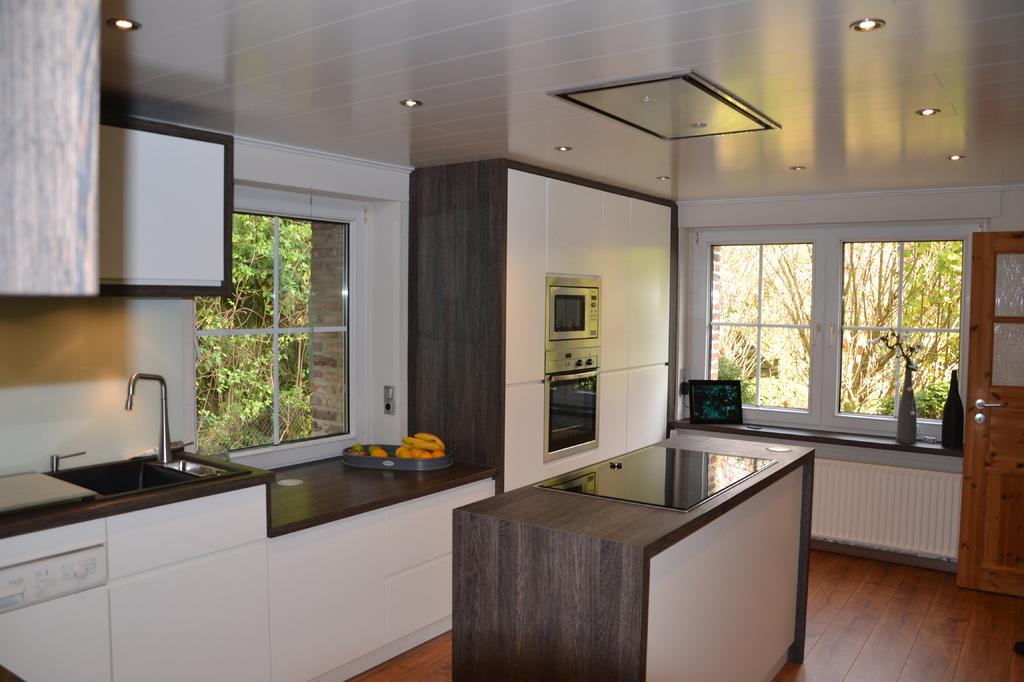 tischlerei schlichtenbrede gmbh k chen nach ma. Black Bedroom Furniture Sets. Home Design Ideas